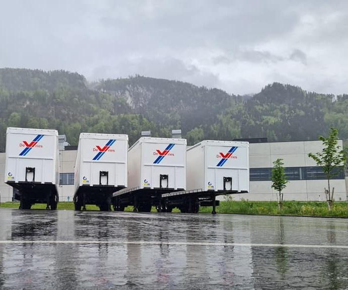 -5-lightweight-Bergers-Ecotrail-uit-een-order-van-8-opleggers-toegevoegd-aan-ons-wagenpark-19-5-2021-(2)