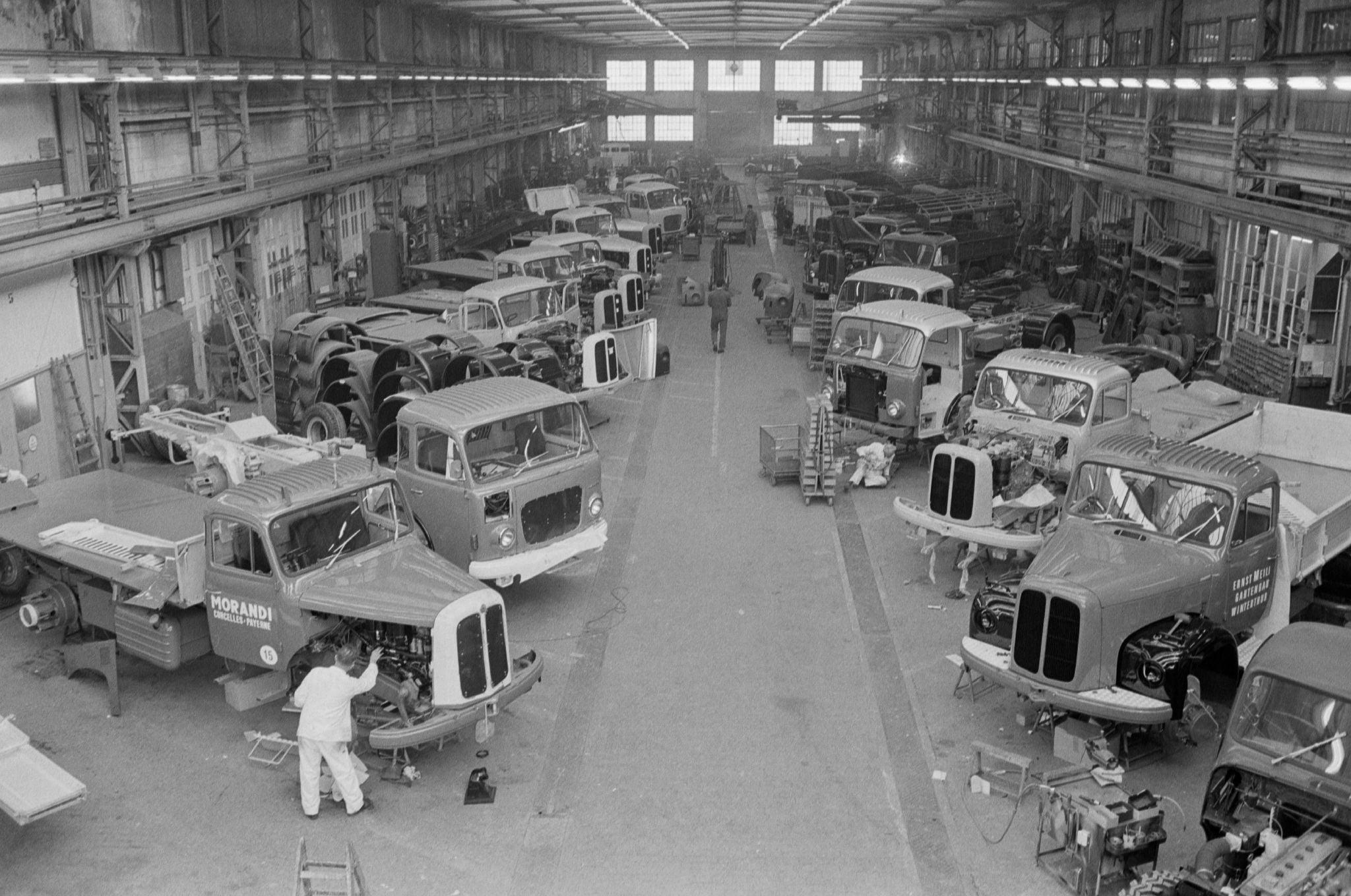 1971-Arbon--CH-Saurer-AG-Werk-2-Karosseriehalle