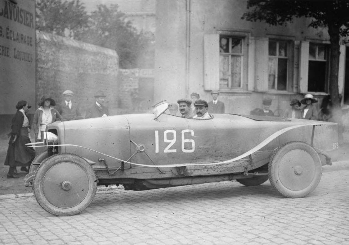 Panhard-20-pk--Victor-en-Louis-Rigal-GP-van-Boulogne-27-juli-1922