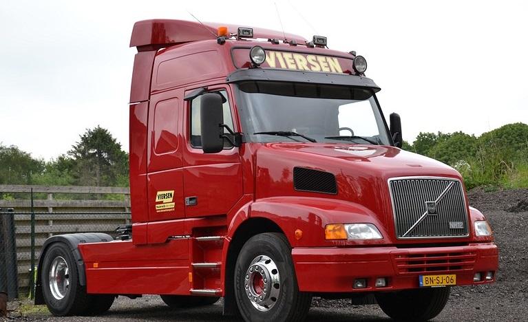 Volvo-NH-12--BN-SJ-06
