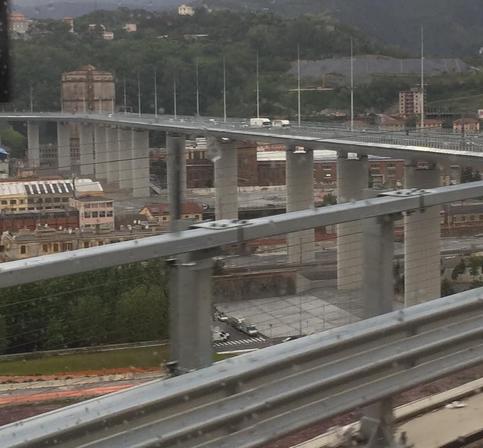 Karin-Stolk-naar-San-Remo-veel-bruggen-veel-water-en-overde-nieuwe-brug-in-Genua--20-5-2021-(16)