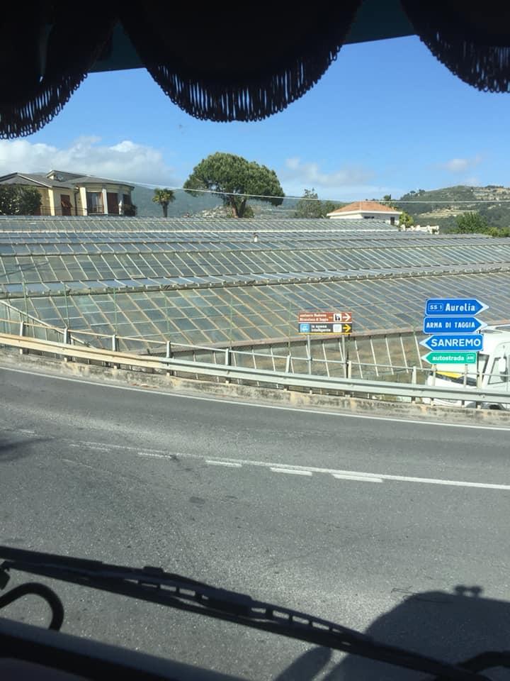 Karin-Stolk-naar-San-Remo-veel-bruggen-veel-water-en-overde-nieuwe-brug-in-Genua--20-5-2021-(4)