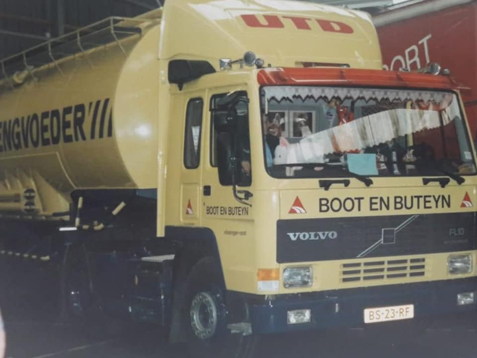 Volvo-FL-10-van-Goof