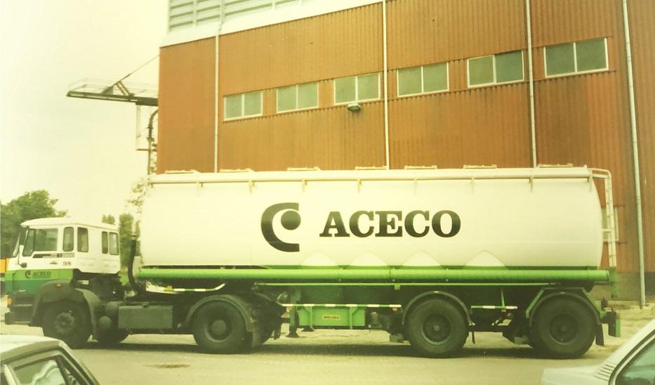 ACECO-wagenpark-bij-het-ontstaan-van-ACM-Meppel-Gerrit-van-Leusden-archief-(2)