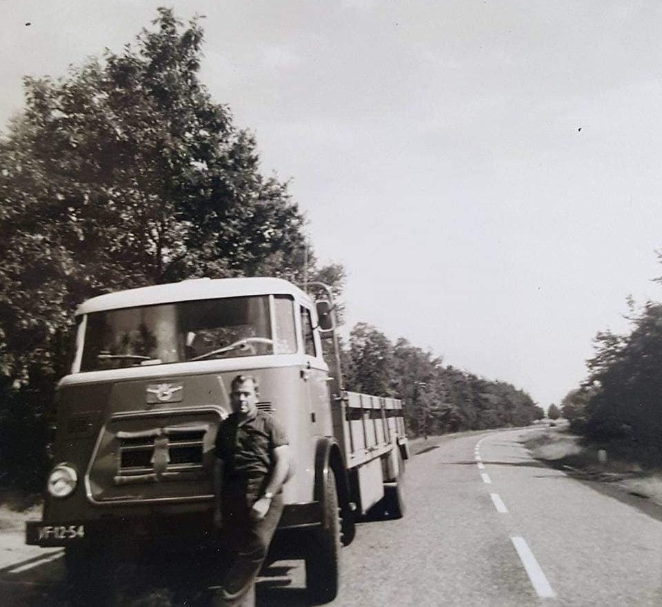 0-Daf-Den-Hartor-met-chauffeur-van-Vuuren