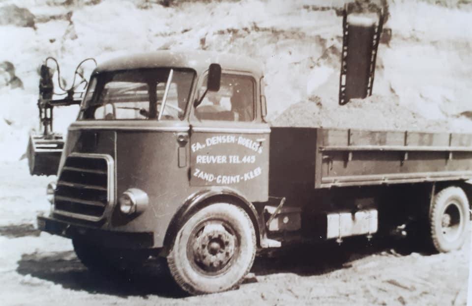fa-Densen-Roelofs-Ruever--ze-hadden-een-wagen