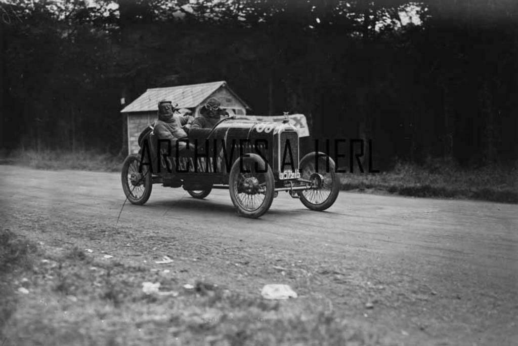 1924-Benjamin-race-Car-Le-Mans
