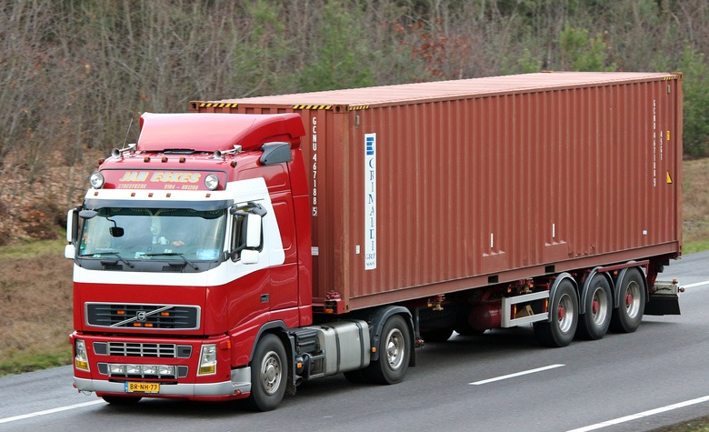 Volvo--BR-NH-77