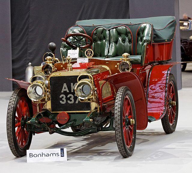1905-Bonhams_-_The_Paris_Sale_2012_-_Darracq_Flying_Fifteen_Rear_Entrance_Tonneau
