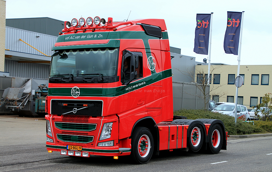 Volvo-6X2-22-BGL-9