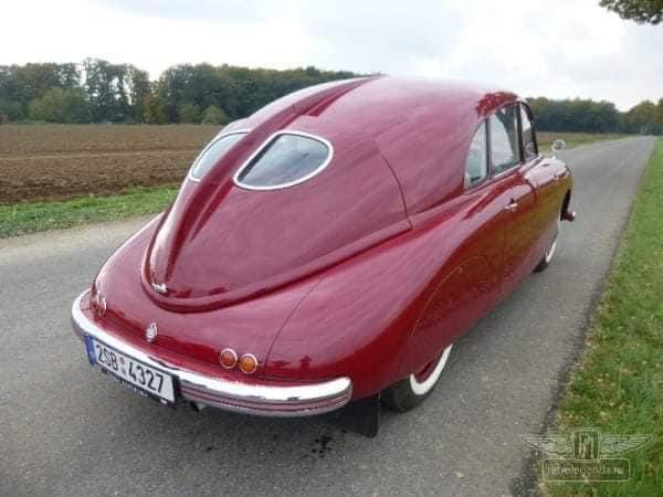 Tatra-T600-Tatraplan--1947-(3)