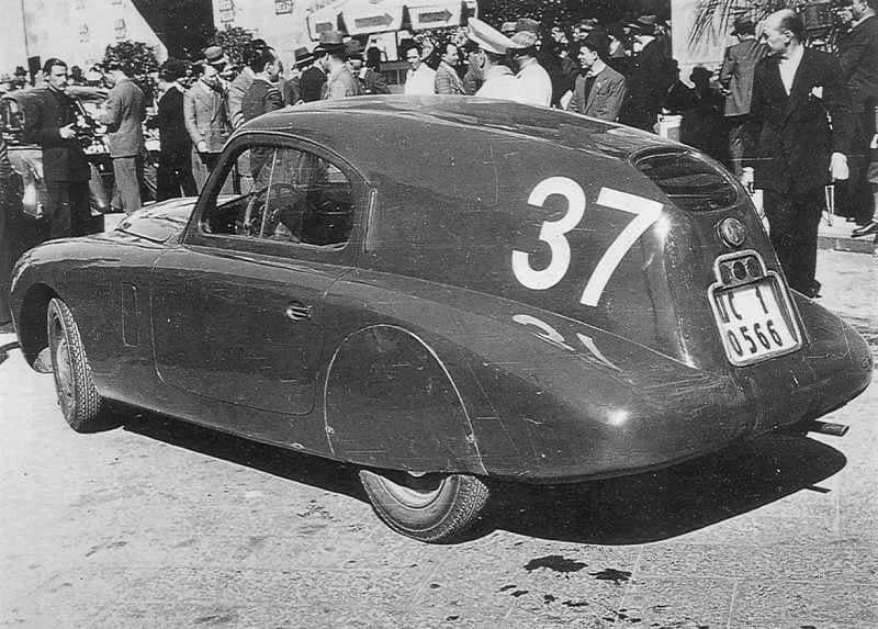 Fiat-1100-MM-berlinetta-Savio-tijdens-de-Mille-MIglia--1938