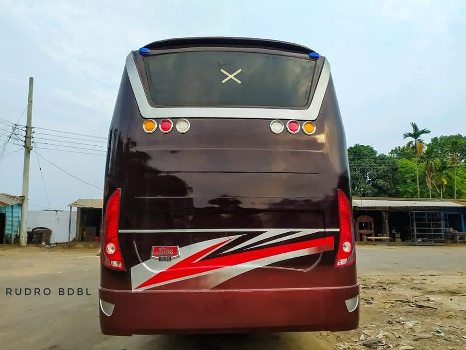 Hino-Bengali-coaches-(2)