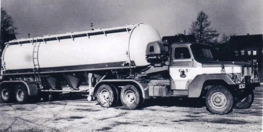 Mack-6X4-tank-opl-