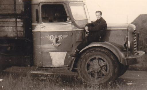 Mack-Henk-Linotte-maar-met-uniform