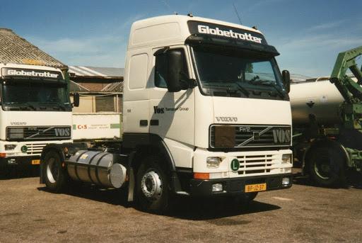 John-met-de-Volvo-FH-12