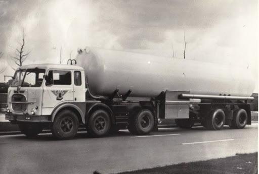 Fiat-Ger-beynsberger-Fiat-met-tank--trailer