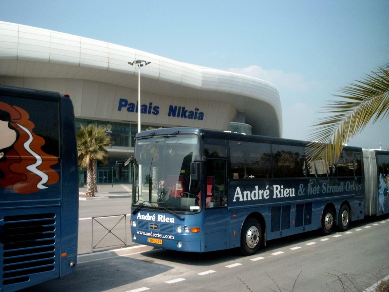 Theo-Hoofs--Mijn-oude-bus