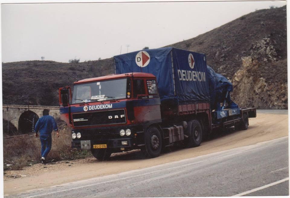 DAF-2800--Kees-Brouwer-R-I-P-onderweg-met-zijn-Daf-2800-Michiel-Grasmeijer-archief
