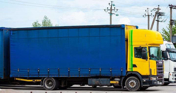 Martijn-Heemskerk-zijn-oude-wagen-in-Rusland