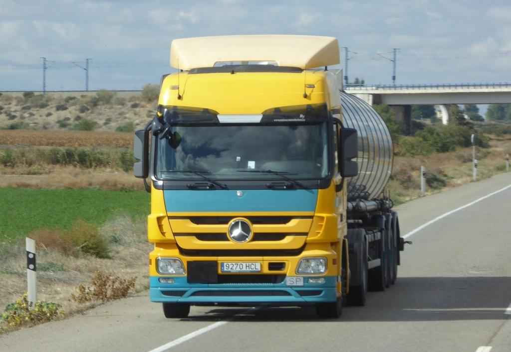Mercedes-9270-HCL
