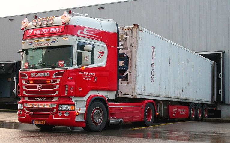 Scania-W4