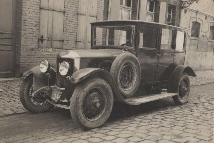 UNIC-Car