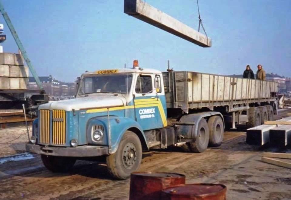 Scania-110-heipalen-lossen