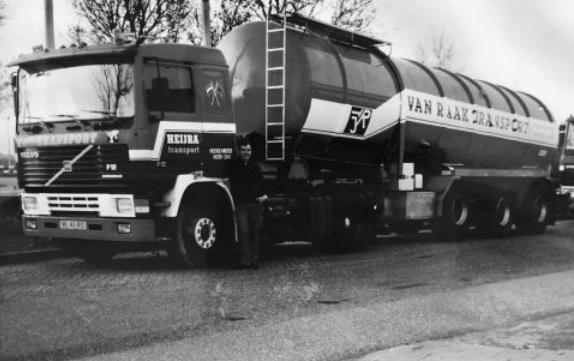 0-Volvo-F12