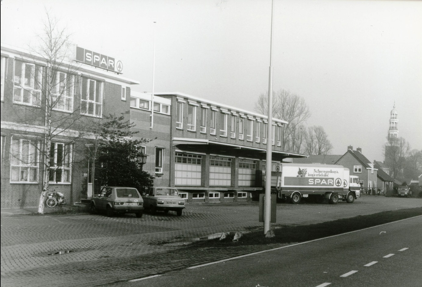 Oldenboorn-mijn-aller-eerste-rit-met-een-vrachtwagen-was-hier-naar-toe-met-fruit-uit-Goes-en-de-wagen-van-Bosman-Nisse