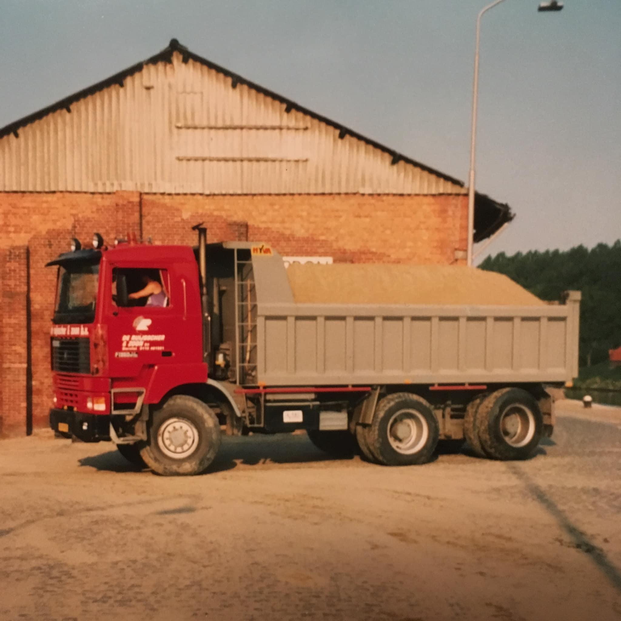 Toedertyd-1-van-de-eerste-met-gestuurde-achteras-en-400pk--was-een-geweldige-wagen-Ronny-Van-de-Kerkhove-(2)