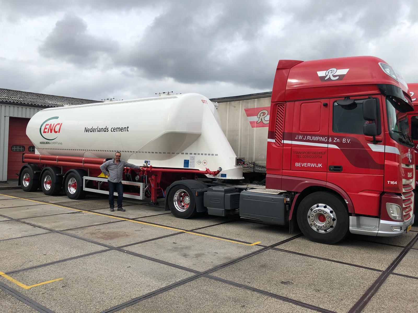 Daf-T-164-met-nieuwe-trailer-17-9-2018