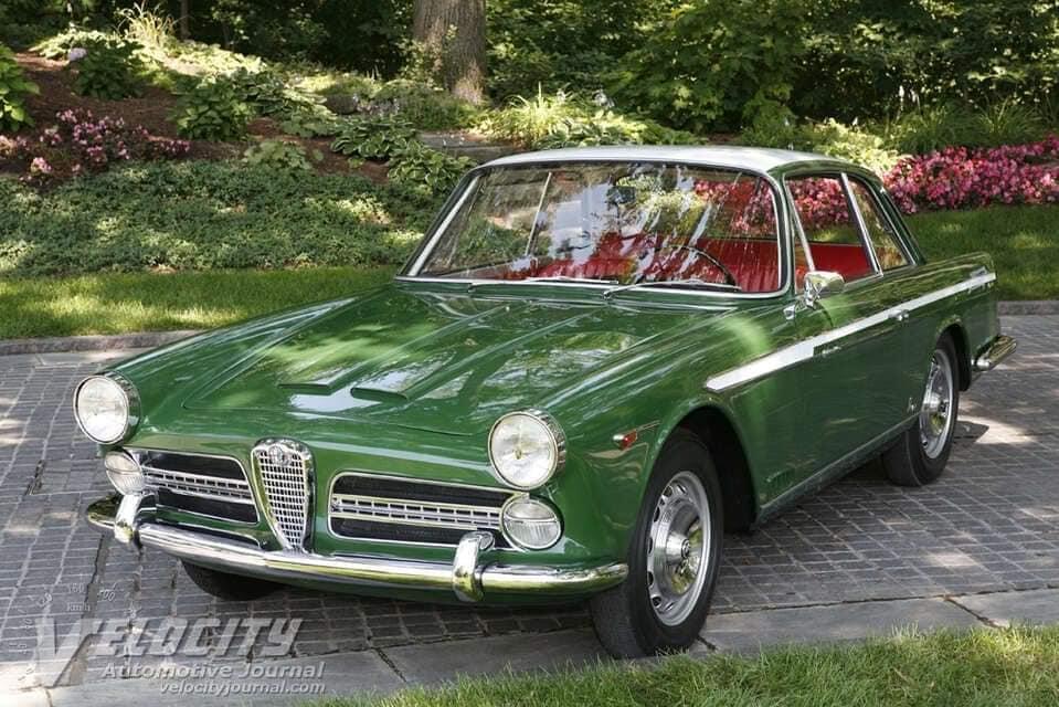 Alfa-Romeo-2000-Coupe-Vignale-1958--(1)