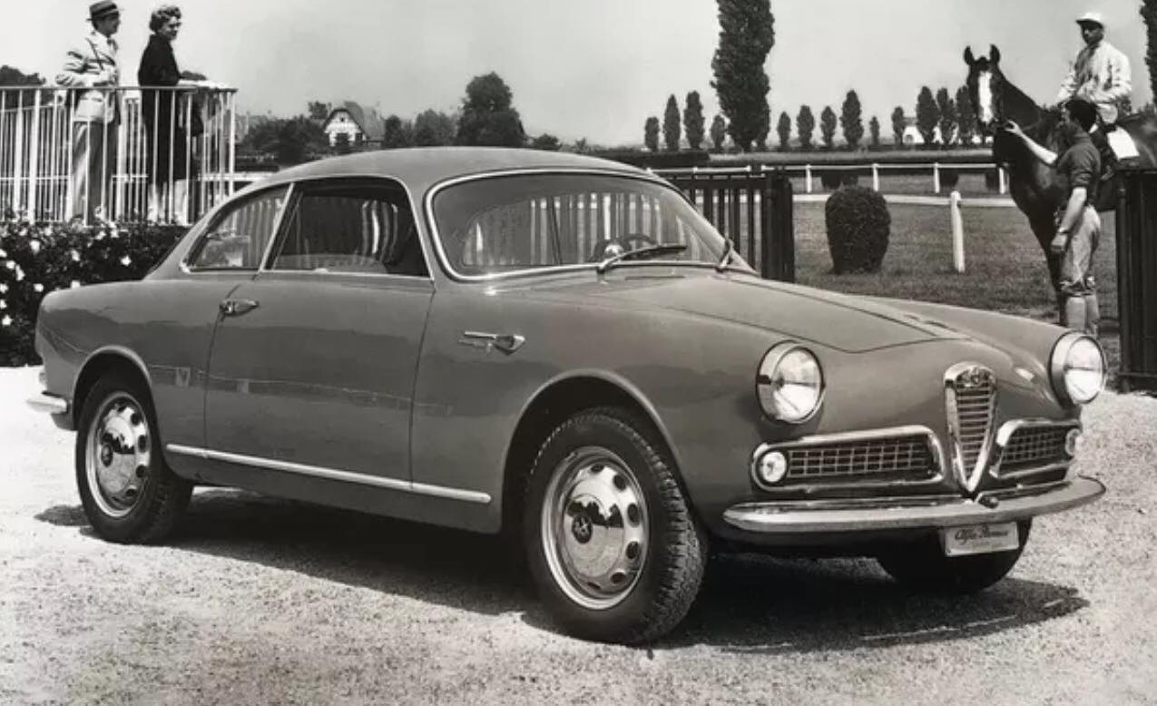 Alfa-Romeo-Coupe-(2)