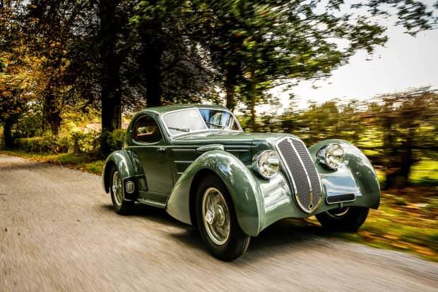 Lancia-Astura-Coupé-van-1933-plaatwerker-Castagna-(1)