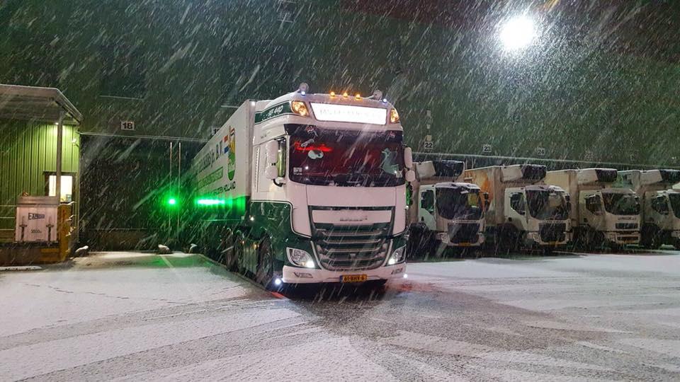 DAF-in-de-sneeuw-24-12-2017