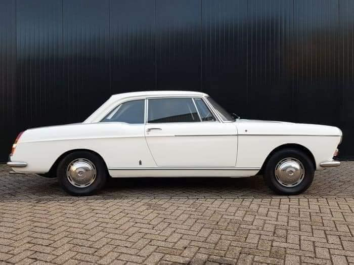Peugeot-404-Coupe--1968-(2)