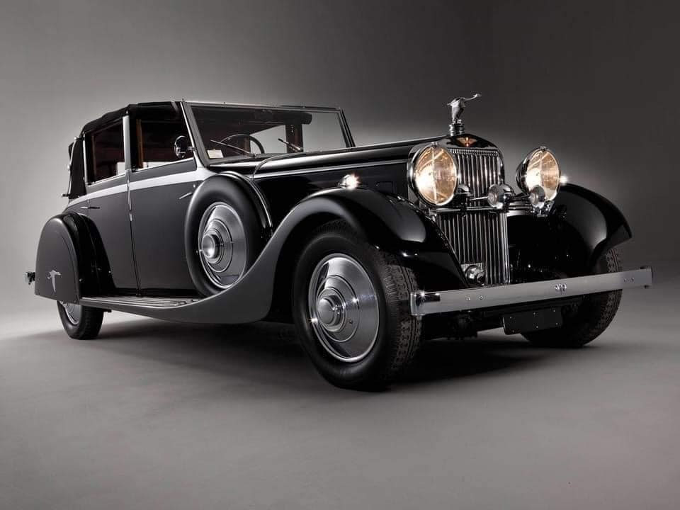 Hispano-Suiza-J12-Cabriolet-deVille-door-Rippon-Brothers-1935--(1)