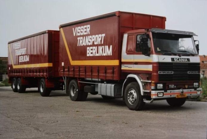 Scania--112H-is-door-Rondaan-in-Beetgum-opgebouwd--voor-J-Visser-uit-Berlikum--eerste-en-tweede-leven-(3)