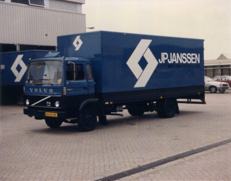 Volvo-F4-JBN-34-HK-foto-F-Coumans