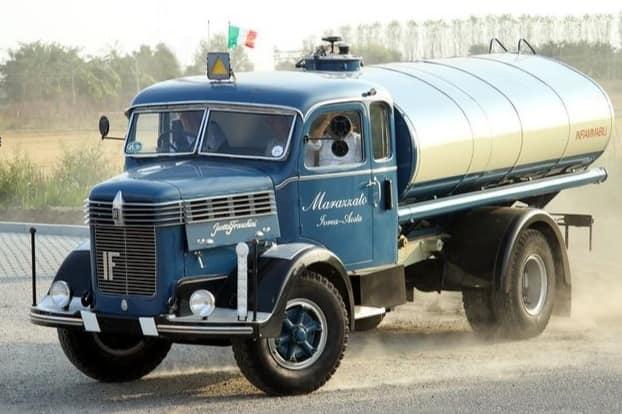 ISOTTA-FRASCHINI-1934-1955-D65-D90-D-80-met-MAN-Licentie--diesel-(3)