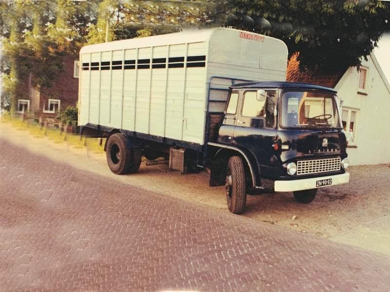 Bedford-Rondaan-carrosserie