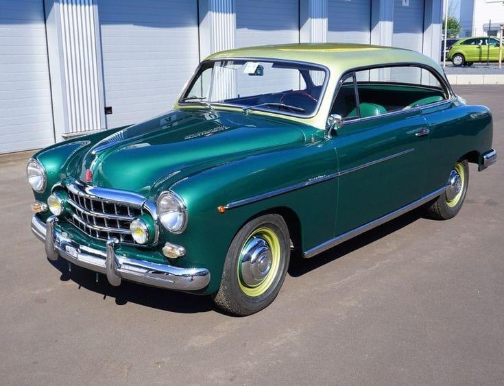 FIAT-1900B-1956-slechte-wagen-metalic-lak-liet-los--en-bij-grote-afstand-ging-de-onsteking-van-zelf-van-slag