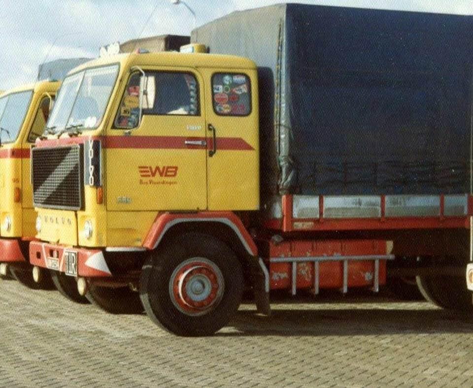 Volvo-F89-DB-22-34--Aadje-Klink-chauffeur