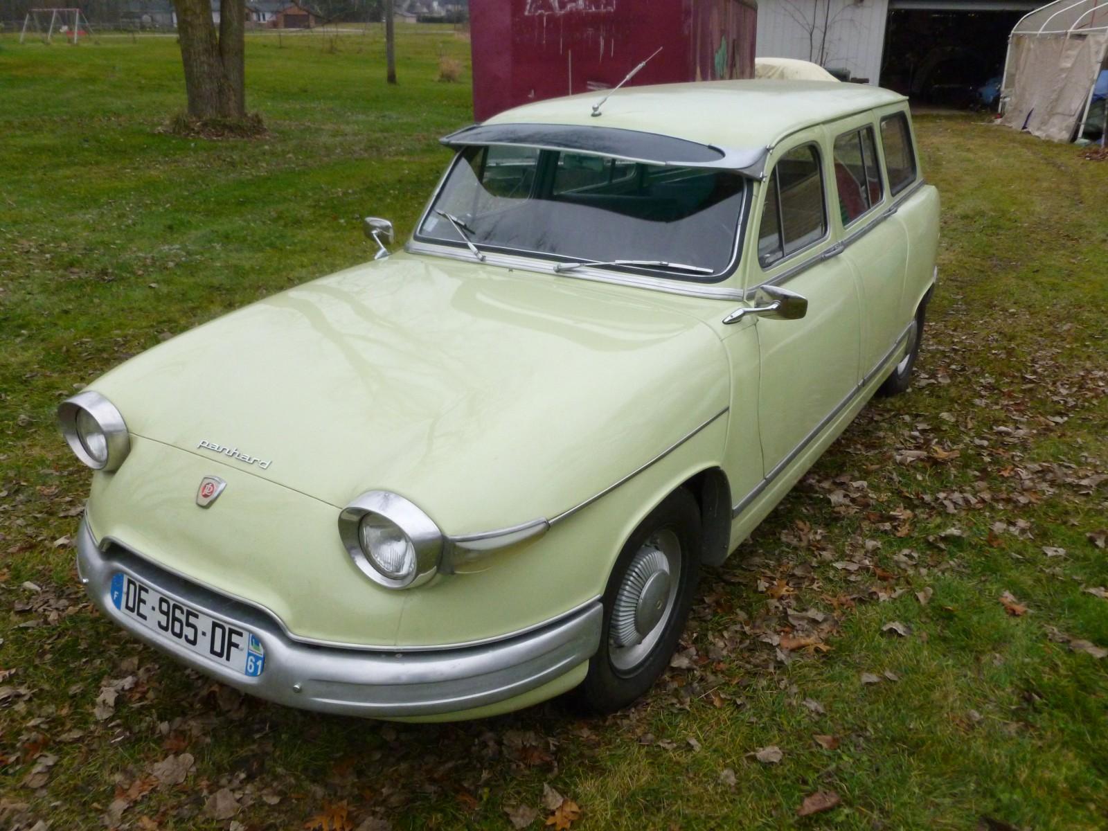 Panhard-Dyna-Z-Break--1956