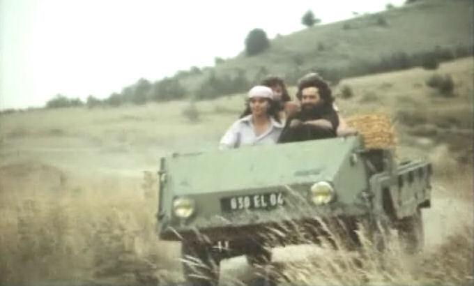 1966-Farmobile-700-L