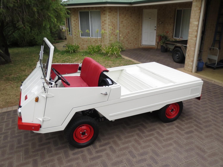 1966-bmw-farmobil-700