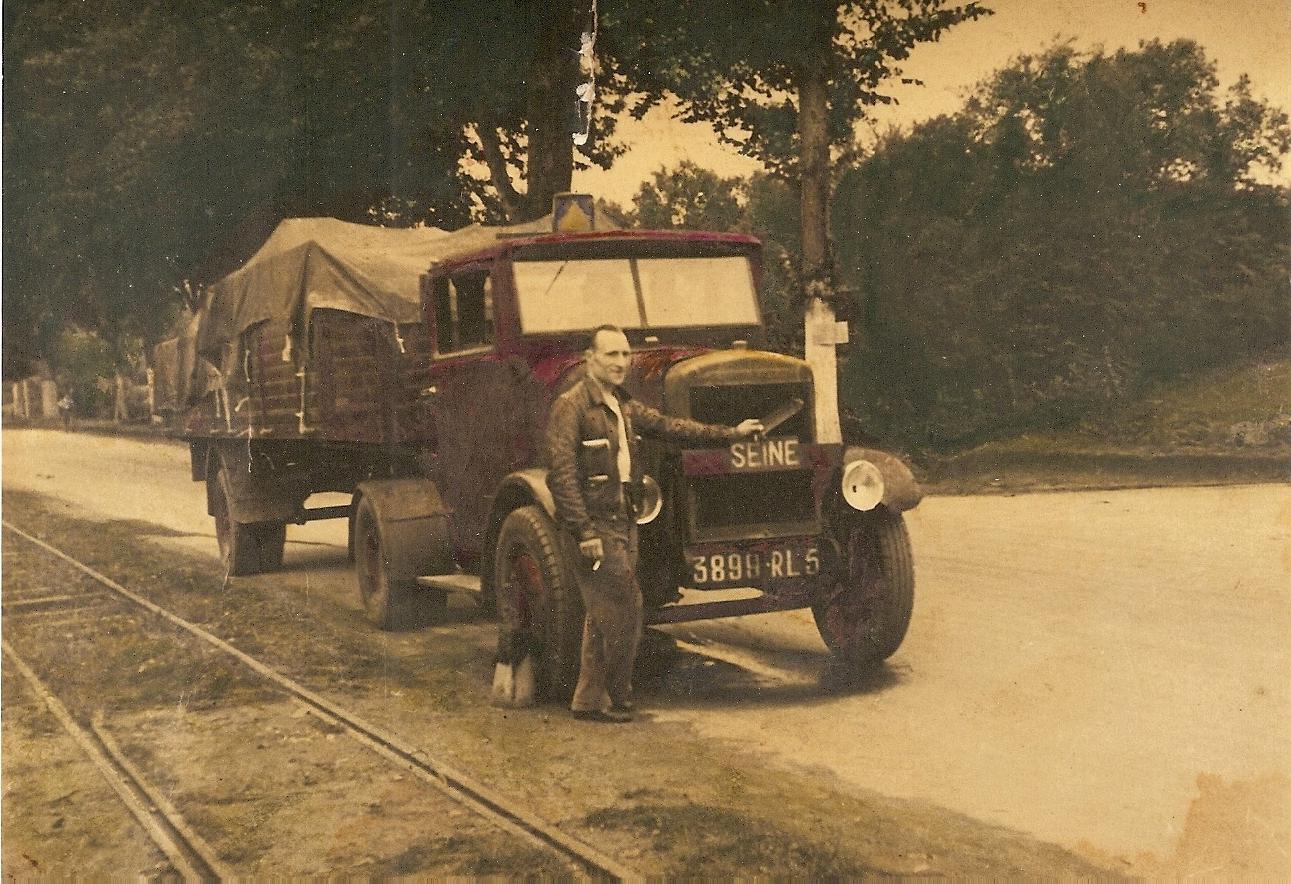 Chenard-et-Walcker--1941-mijn-schoonvader-verhuisde-de-schoenen-fabriek-Jacques-Cohn-archive