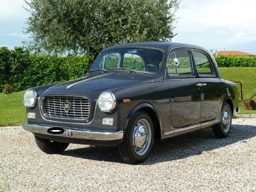 Lancia-Appia-1959-1089-CC-4-Cillinder-V-132-km-mph--(1)