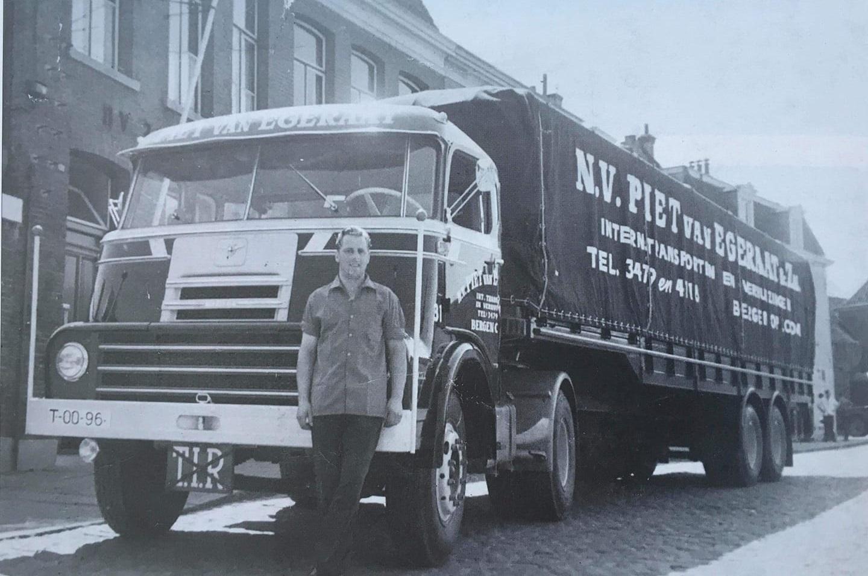 DAF-DO-2000-nieuw-Piet-Snepvangers-chauffeur